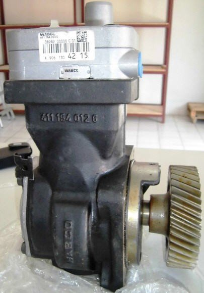 Wabco 411 154 003 0 - Air Compressor Mercedes A 906 130 42 15